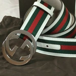 With classic stripes white trim